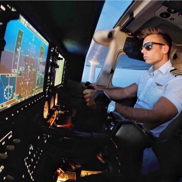 Epic Flight Academy Glass Cockpits