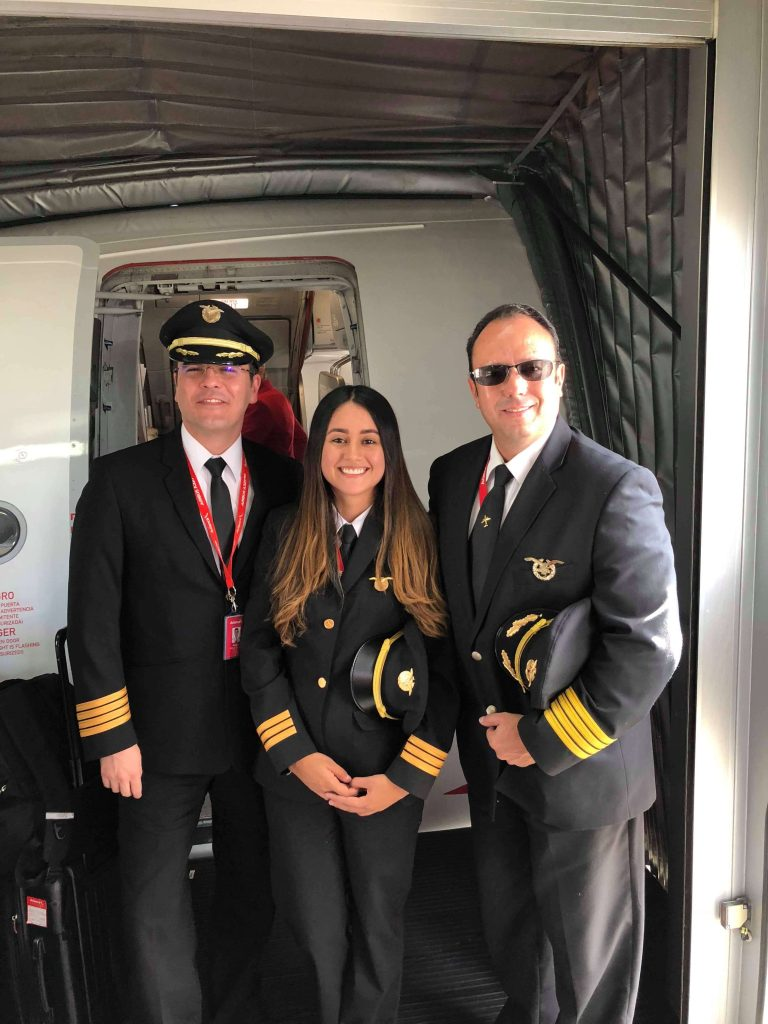Maria Mendivelso First Officer Avianca Airlines trained in Epic's Colombian Pilot Program.