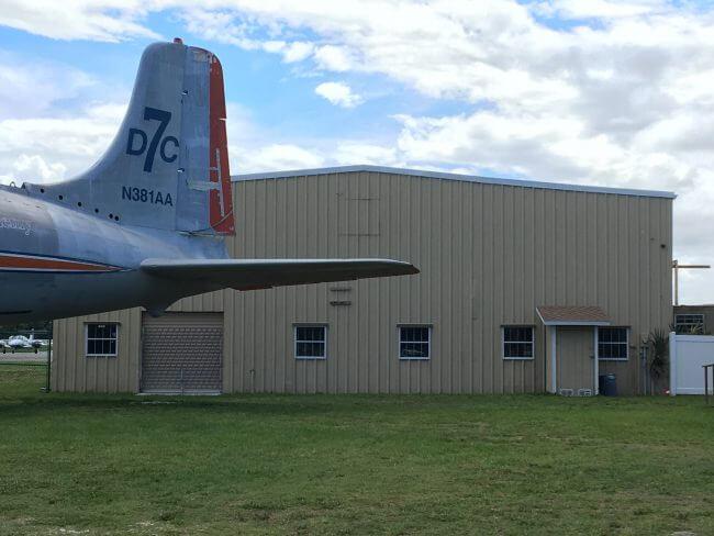DC-7-N381AA