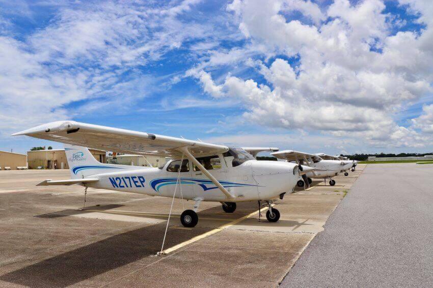 Epic Flight Academy Cessna 172